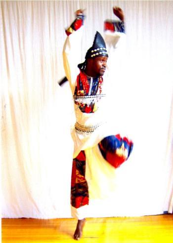 Ismael_dance